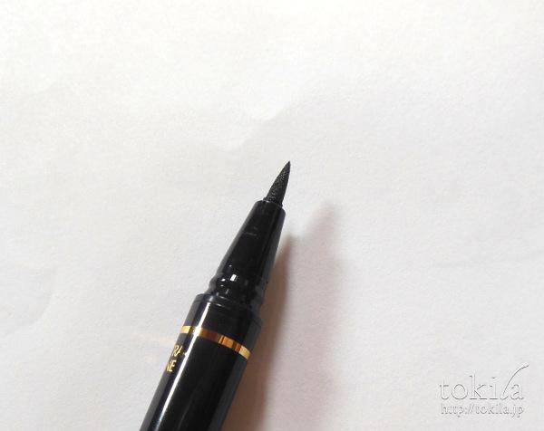 エスティ ローダー リトル ブラック ライナー筆ペン側