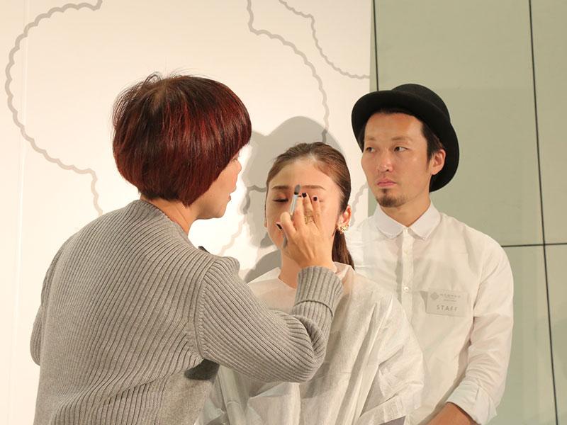 山本浩未さん、ヘア&メイクアップアーティスト トークショー