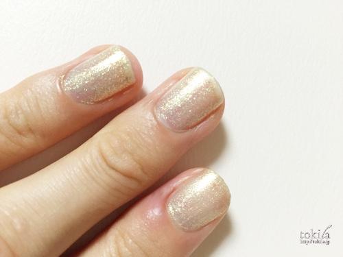 2016年春新色 ルナソル ネイルフィニッシュN EX42 塗った爪2