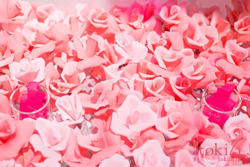 メゾンランコム 表参道ヒルズ館内 ローズが咲き誇る朝の公園4