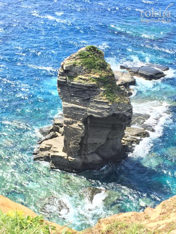 与那国島 立神岩1