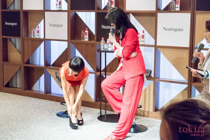 ニュートロジーナビューティサロンにて知花くららさんと早坂香須子さんのトークショー2