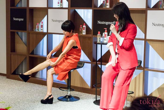 ニュートロジーナビューティサロンにて知花くららさんと早坂香須子さんのトークショー3