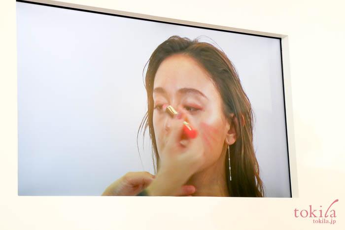 ルナソル 2018春可憐浄化 カラーリングクレヨン01を使用したメイクデモ3