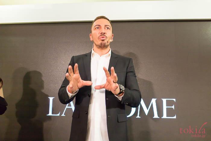 ランコム 2018新商品発表会に登場したメイクアップアーティストのジャーマン・モヤノ氏