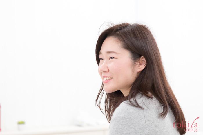 濱田文恵さんの話を熱心に聞くtokilaメンバー